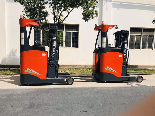 xe nâng điện reach truck 1.8 tấn